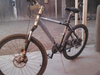 Trek 4900SL Very light weight and easy to Ride. Front
