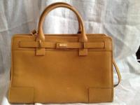 AUTHENTIC GUCCI Yellow Leather HANDBAG HANDSHOLDER BAG