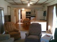 Fully provided 2 Bedroom 2 Bath trailer in Dixieland
