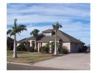 Gorgeous Home in La Feria 3Be/2Ba/2Car, 2003 year, 2527