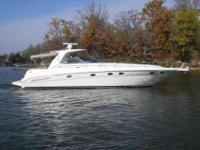 2004 Sea Ray 46 SUNDANCER The 460 Sundancer is a