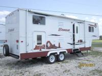 26ft, 2007 Ameri-Camp Wrangler 26BH 18-20ft Awning