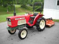 Like new Yanmar 2010 tractor 2wd with 450 hours, the