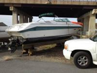 Call Boat Owner David   .Basic Decription: 1989 Sea Ray