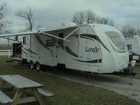2012 Keystone Laredo 303 tg, 33 foot travel trailer, 2
