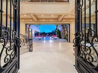 This Richard Luke designed estate is the pinnacle of