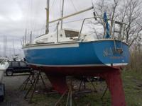 Nice older 1975 O'Day 27 sailboat that has been well