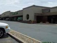 $3000 / 3600ft² - Former Napa Auto Parts Space (Buckley