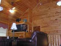 LUXORY 5 BDRM KING SUITE CABIN,3 LEVELS ,3 DECKS OFF