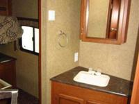 2013 JAYCO 33BHTS, , expertly designed by jayco, this