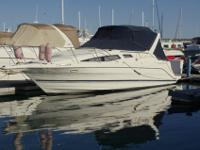 This 1998 2855 Bayliner Cierra Cruiser is equipped for