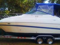 2006 Maxum 2400 SE is a product of class. It is powered