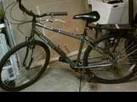 "28"" Mongoose Paver/Cruiser Bike Awesome Condition"