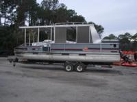Great platform for your houseboat plans. This '89