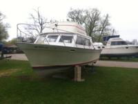 I have a 28' Luhrs cabin Cruiser with a Chrysler 318