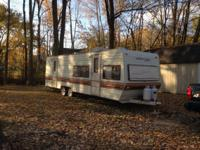 1984 wilderness 28' camper. Great condition inside and