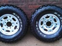Set of 4 285/75 R16 Maxxis Bighorns with Aluminum