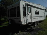 I'm selling my 2003 28 foot Rockwood 5th wheel camper.