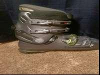 Size 29.5. Men's ski boots. Will fit a person with a