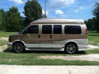 Selling my 2006 GMC customized van. Only has had one