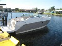 2004 Rinker 270 FIESTA VEE This is a very big 27 that