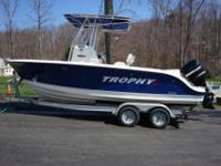 2008 Trophy Pro 2103. This 2008, 21 foot Trophy Pro