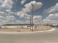 8000 sf storage/industrial or retail space, with