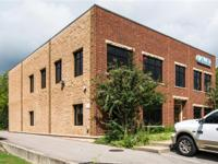 Modern 2-level office building in Berry Hill. Excellent