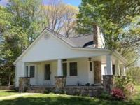 Charming private completely remodeled farmhouse with
