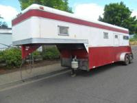 1988 Taylors Trailer two horse gooseneck with weekender