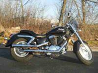 2000 HONDA SHADOW SABRE, Black,