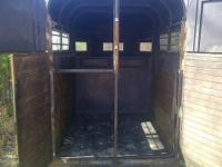?2 horse straight load trailer with minor rust on the