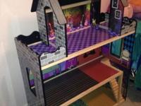 2 doll houses very good condition. Last years Xmas gift