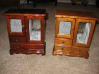 2 small Jewelry chests  Location: Castle Rock Co