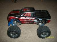I have a 2wd stampede roller. It has rpm blue parts on