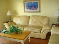 Handicapped gain access to. Bright, VERY CLEAN,