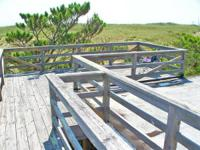 Fresh oceanfront w / huge lovely dunes and the sound of
