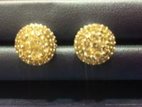 2ctw Diamond cake earrings retails for 2150 selling for