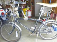 I have 2. Schwinn stingray fast back 5speed 20inch.