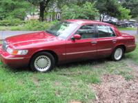 2000 MERCURY GARND MARQUIS LS IN EXCELLENT CONDITION.