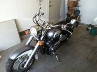Very nice silver and pearl white 2001 Honda Shadow