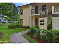 3/2 Clean Bright and Large in Coconut Creek!