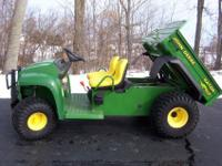2000 JOHN DEERE 4X2 GATOR ,,,2 WHEEL DRIVE,,,POWER DUMP