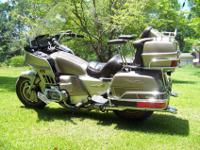 (PRICE DROPPED)....1984 Honda Goldwing 1200. This bike