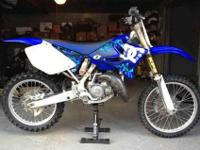 Very clean 2006 YZ 125. Under 1 hr on new top end with