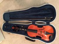 Beautiful 3/4 violin in excellent condition with bow