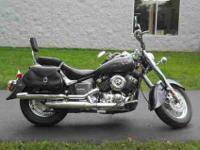 2005 YAMAHA V STAR CLASSIC, Charcoal Silver,