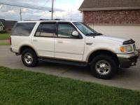 1999 Ford Expedition Eddie Bauer for sale. Runs great,