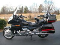 Goldwing 1500.Super clean. Excellent condition, Bike is