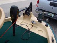 "2011 SUN DOLPHIN 11' 3"" PRO 120 BASS TENDER MADE BY KL"